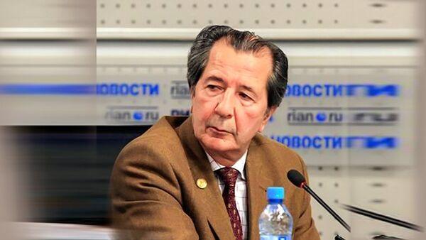 Валерий Петросян -заслуженный профессор МГУ, вице-президент Российской академии естественных наук, эксперт ООН по химической безопасности - Sputnik Латвия