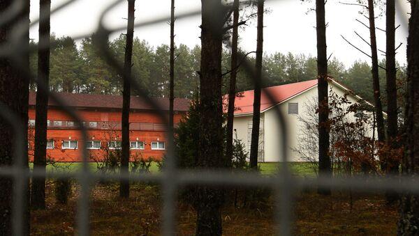 Предполагаемая тюрьма ЦРУ в Антавиляй, ноябрь 2009 года - Sputnik Латвия