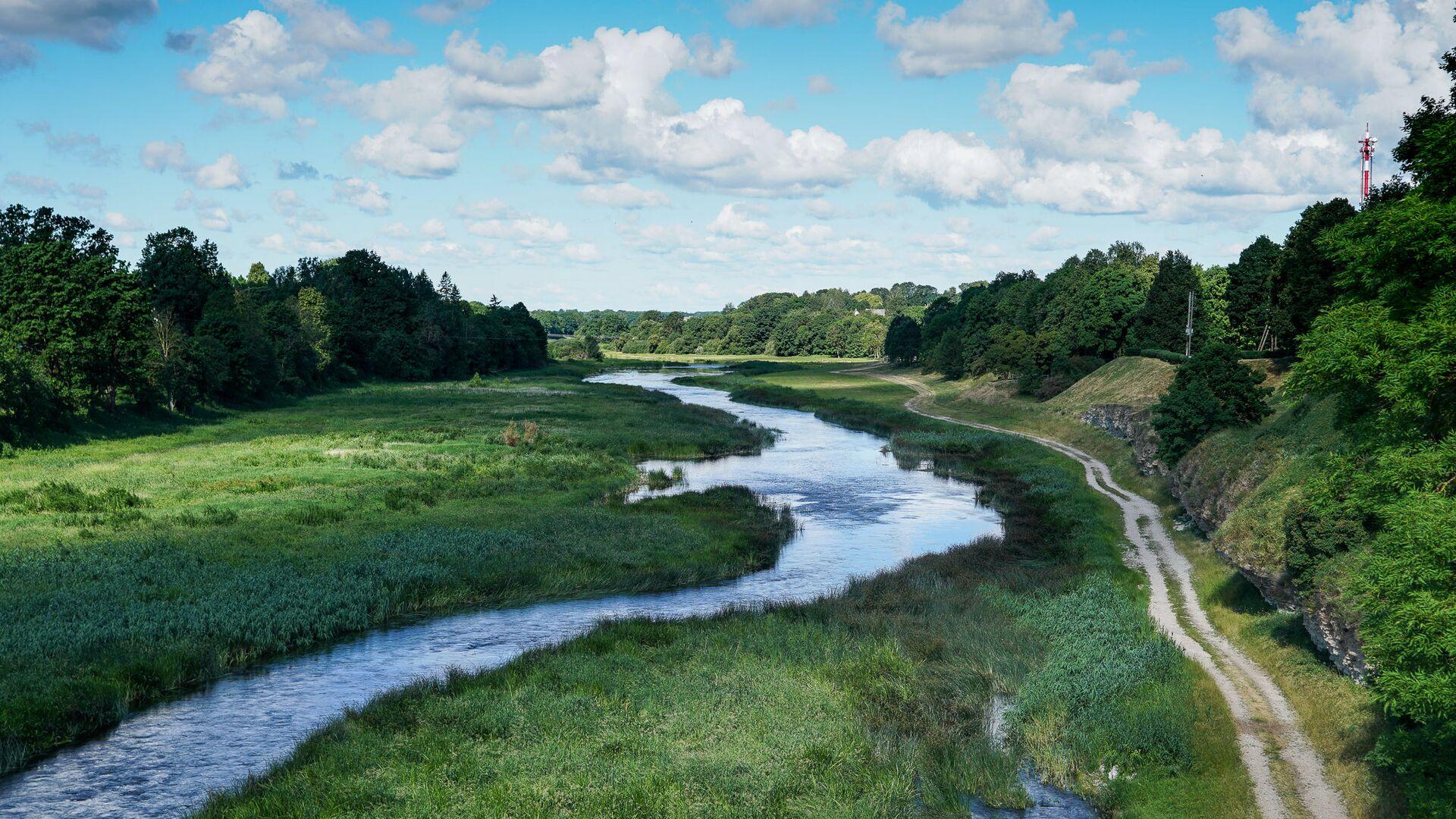 Река Мемеле в городе Бауска - Sputnik Латвия, 1920, 11.09.2021