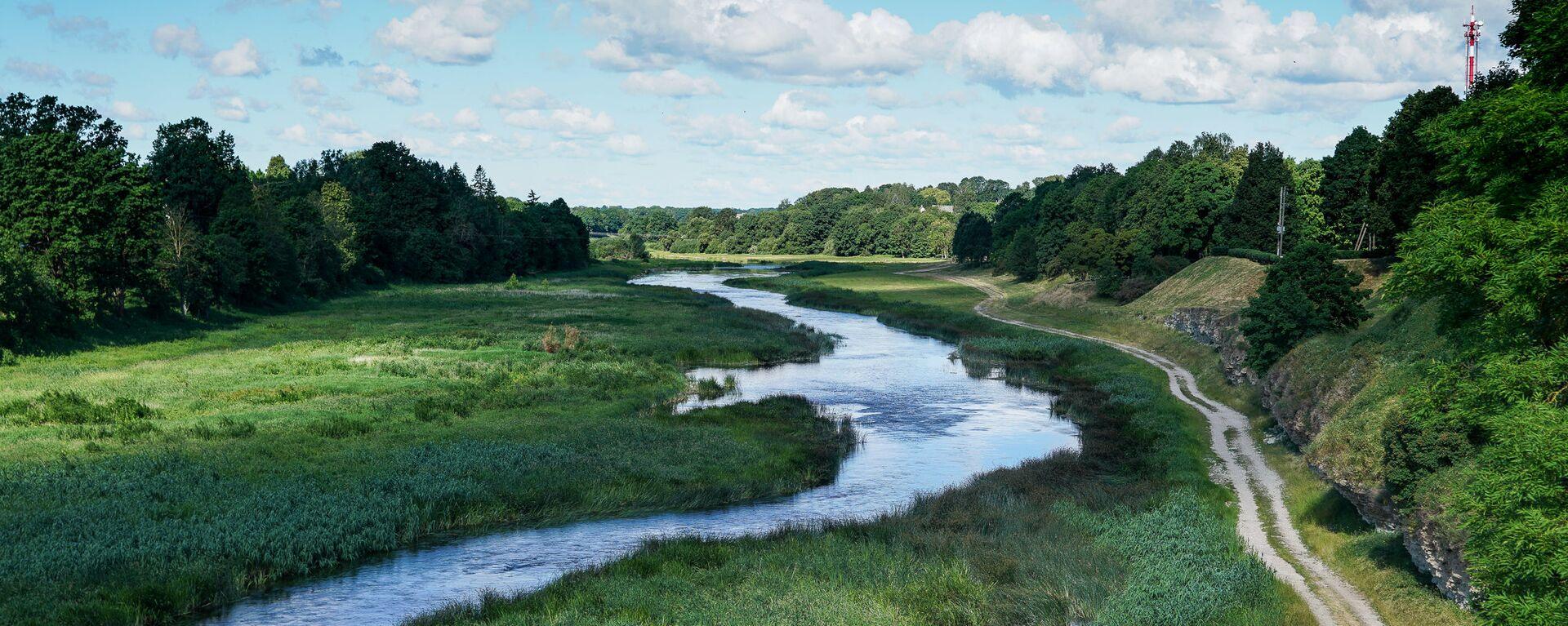 Река Мемеле в городе Бауска - Sputnik Latvija, 1920, 09.09.2020