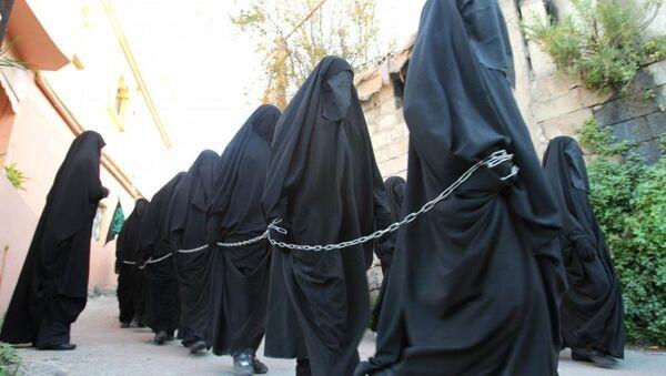 Мусульманка в хиджабе - Sputnik Latvija