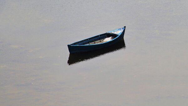 Лодка на воде - Sputnik Латвия