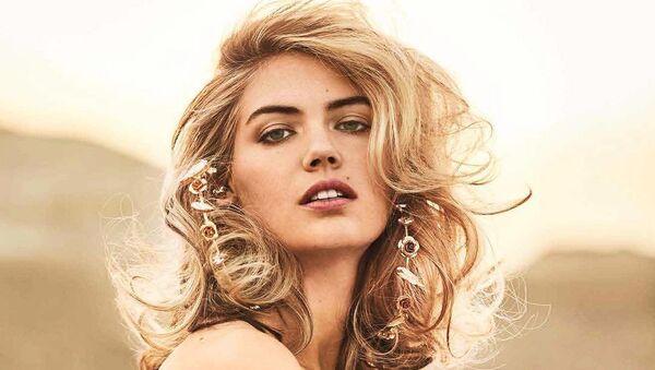 25-летняя модель и актриса Кейт Аптон (США) - Sputnik Latvija