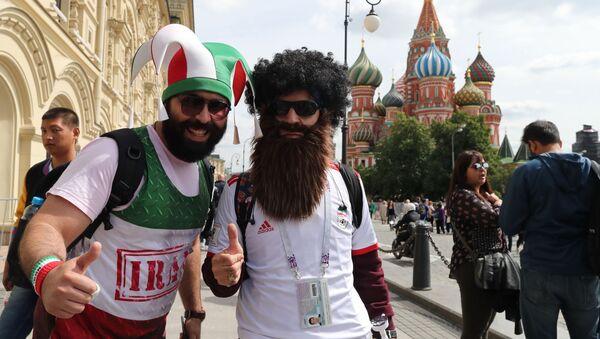 Болельщики чемпионата мира по футболу 2018 на Красной площади в Москве - Sputnik Latvija