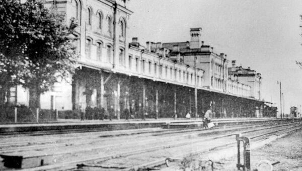 Вокзал в Двинске (Даугавпилс), 1911 год - Sputnik Латвия