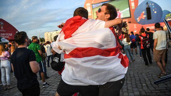 Futbola fani no Anglijas - Sputnik Latvija