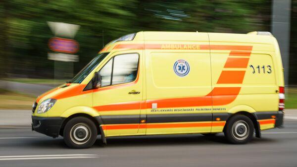 Машина Службы неотложной медицинской помощи - Sputnik Latvija