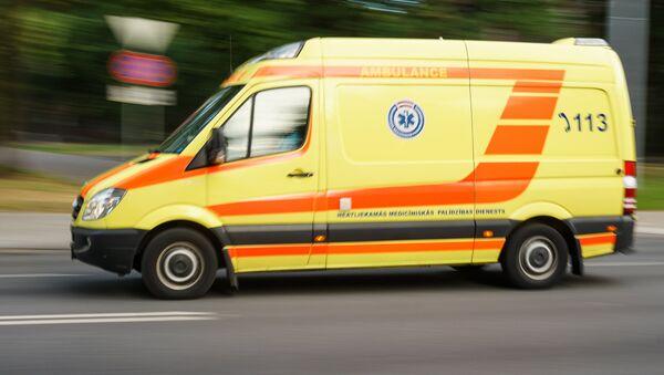 Машина Службы неотложной медицинской помощи - Sputnik Латвия