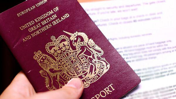 Британский паспорт - Sputnik Латвия