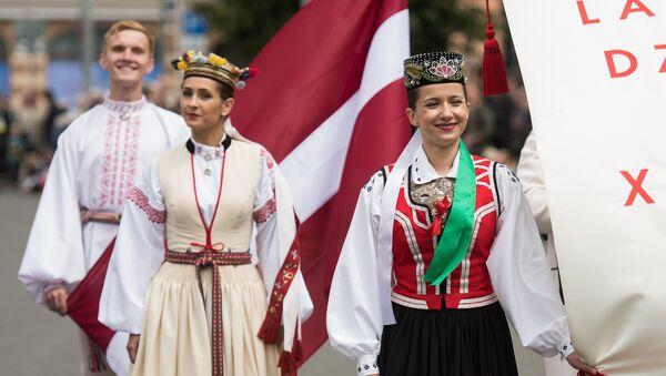 Участники XXVI Вселатвийского праздника песни и XVI Праздника танца - Sputnik Латвия