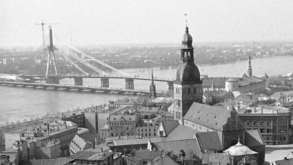 Вантовый мост через Даугаву, 1983 год - Sputnik Латвия