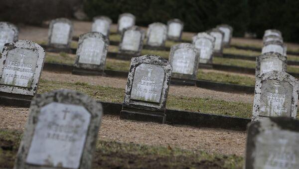 Северное кладбище в Лиепае - Sputnik Латвия