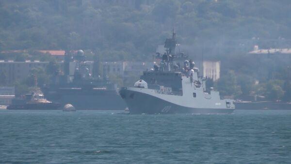 Российские моряки готовятся ко дню ВМФ - Sputnik Латвия