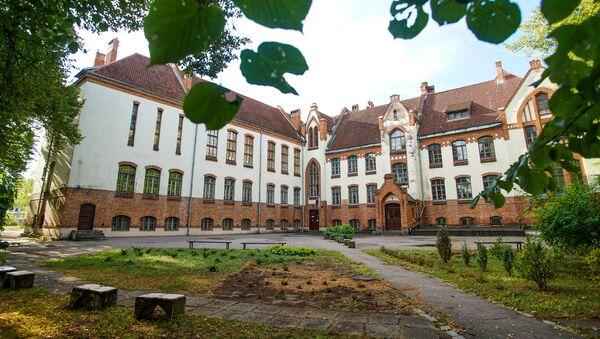 Школа имени Яниса Порука - здание историческое - Sputnik Latvija