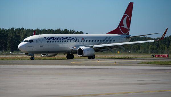 Самолет Boeing 737 авиакомпании Turkish Airlines в аэропорту Рига - Sputnik Латвия