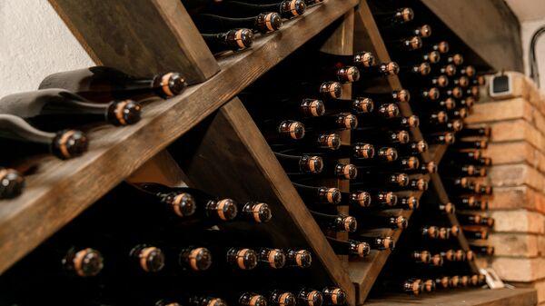 Оригинальные вина Abavas могут считаться новыми визитными карточками Латвии - Sputnik Латвия