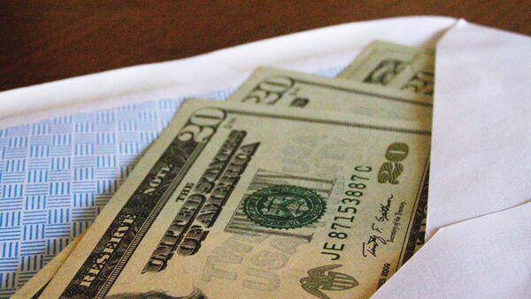 Американская валюта в конверте - Sputnik Latvija