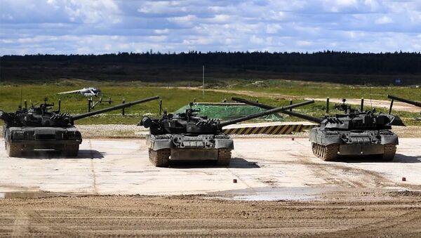 Т-90М Прорыв-3 впервые представлен публике - Sputnik Латвия