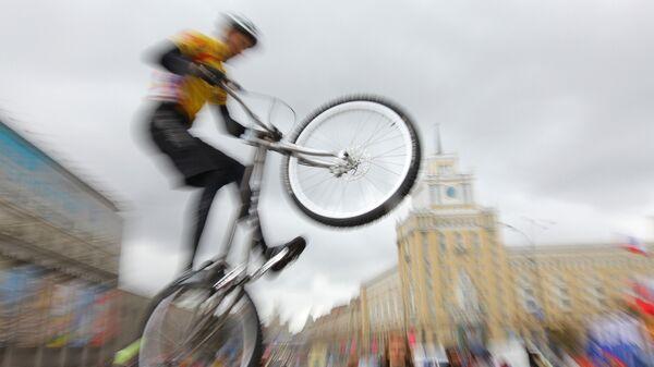 Соревнования по маунтинбайку. Архивное фото - Sputnik Латвия