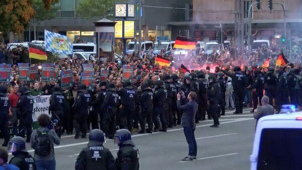 Протесты на востоке Германии - Sputnik Латвия