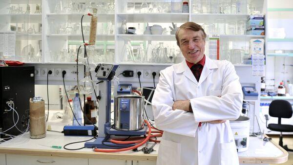Создатель лекарственного препарата мельдоний – Ивар Калвиньш - Sputnik Латвия