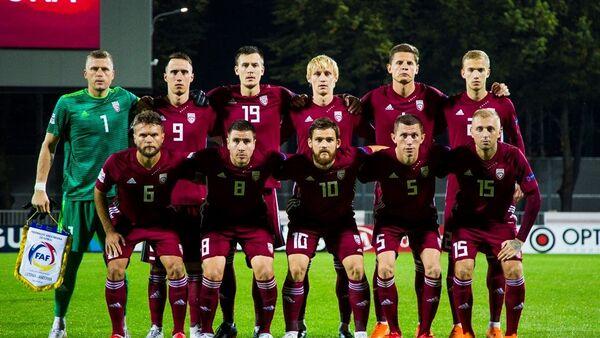 Игроки сборной Латвии по футболу перед матчем Лиги наций УЕФА против команды Андорры, 6 сентября 2018 - Sputnik Латвия