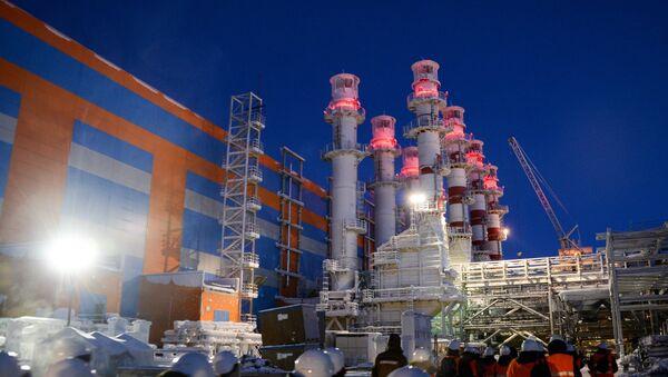 Строительство завода по производству сжиженного газа Ямал СПГ - Sputnik Latvija
