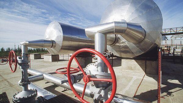 Установка предварительной обработки нефти  - Sputnik Latvija
