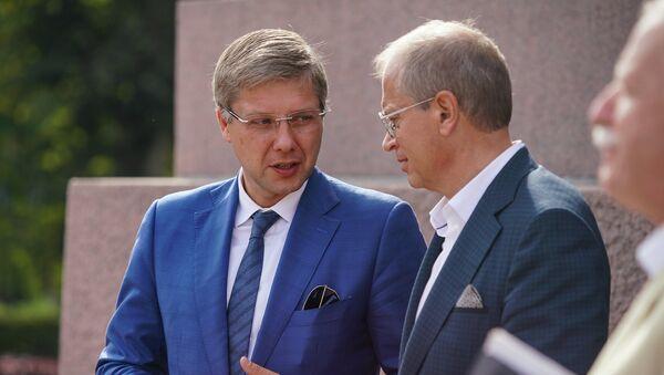 Мэр Риги Нил Ушаков и вице-мэр Риги Андрис Америкс - Sputnik Латвия