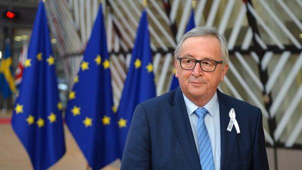 Председатель Европейской комиссии Жан-Клод Юнкер на саммите ЕС в Брюсселе - Sputnik Латвия