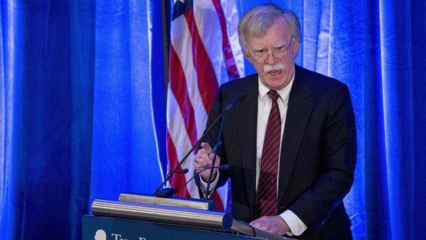 Советник президента США по национальной безопасности Джон Болтон во время выступления в Вашингтоне. 10 сентября 2018 - Sputnik Latvija