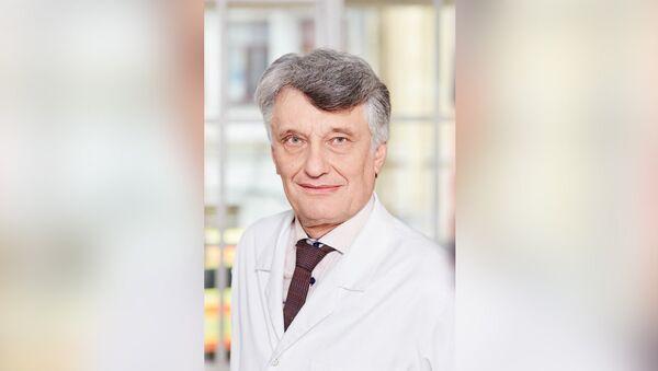 Вице-президент Латвийского общества врачей Марис Плявиньш - Sputnik Латвия