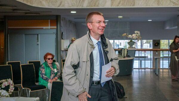 Министр иностранных дел Эдгарс Ринкевичс проголосовал на выборах - Sputnik Латвия