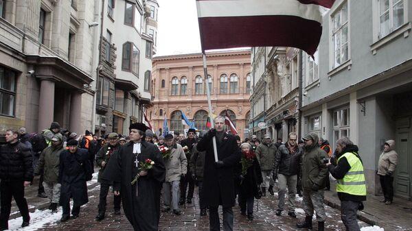 Шествие ветеранов латышского легиона Waffen-SS и их сторонников в Риге - Sputnik Latvija