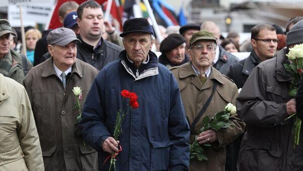 Шествие легионеров Ваффен СС и их сторонников в Риге - Sputnik Латвия