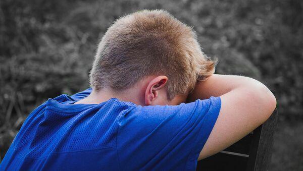 Расстроенный мальчик - Sputnik Latvija