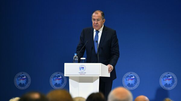 Krievijas ĀM vadītājs Sergejs Lavrovs uzstājas sestā Vispasaules Krievijas ārvalstīs dzīvojošo tautiešu kongresā - Sputnik Latvija
