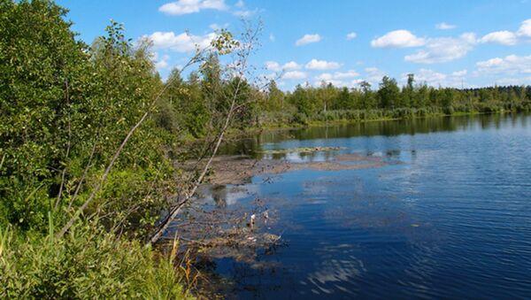 Бездонное озеро в Московской области - Sputnik Latvija