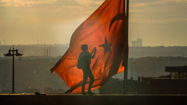 Флаг Турции - Sputnik Латвия