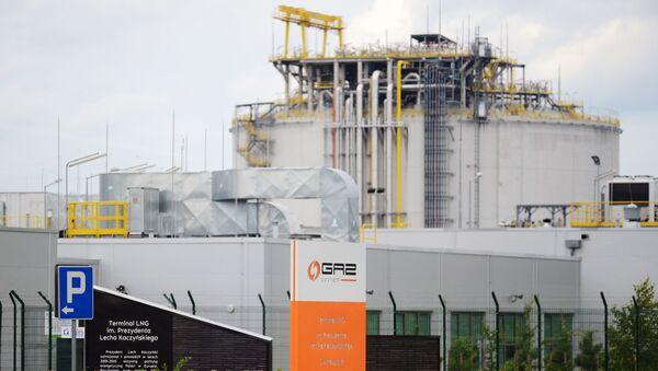 Газовый терминал в Свиноуйсьце - Sputnik Latvija